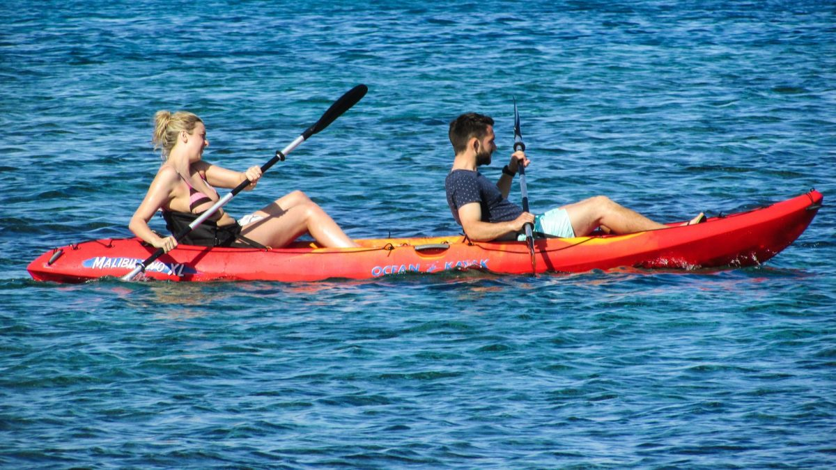 tandem kayak 2 person kayaking for couple