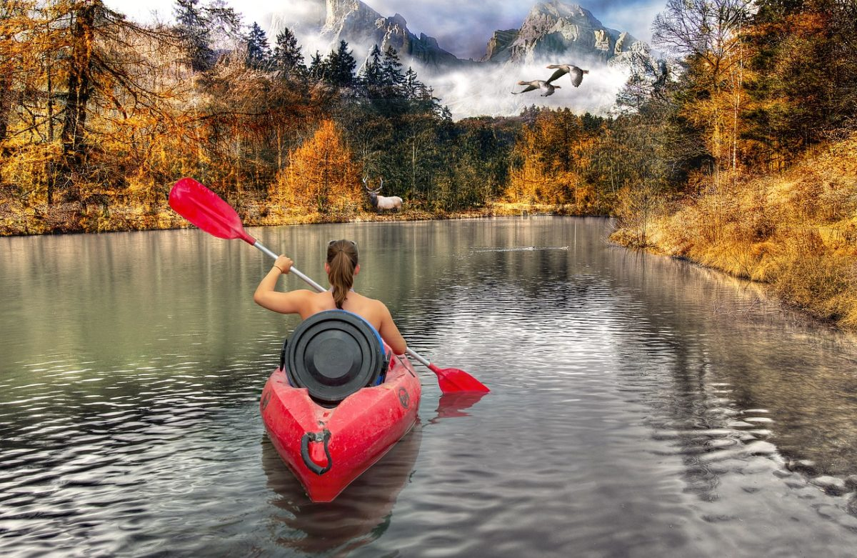 adventure-kayaking-single-leisure